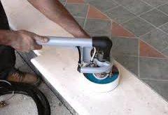 تنظيف بلاط مكة